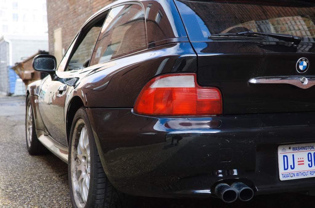 2001 BMW Z3 coupe left rear
