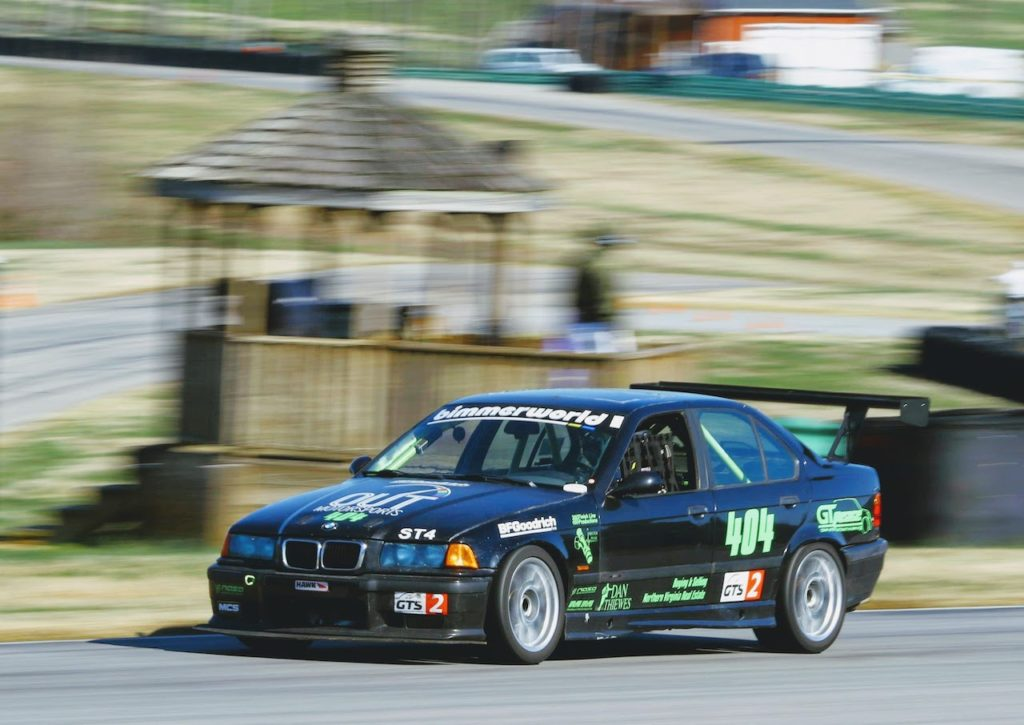 E36 M3 racing at VIR