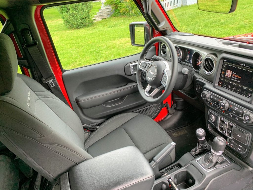 Jeep Gladiator Overland interior