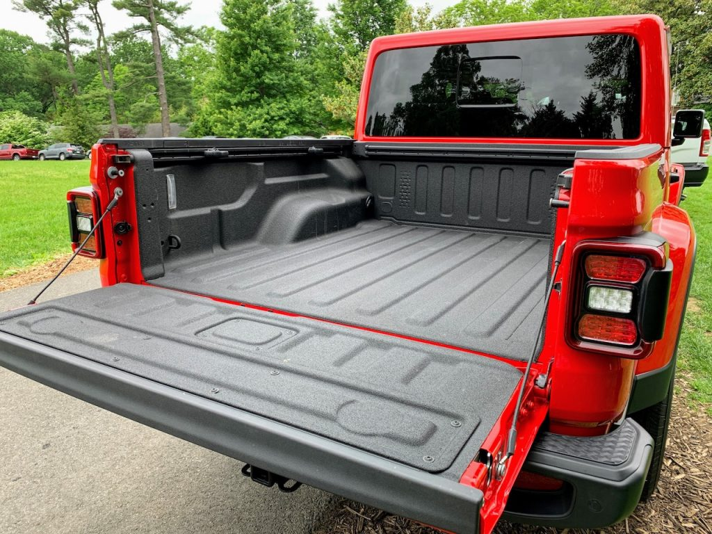 Jeep Gladiator bed