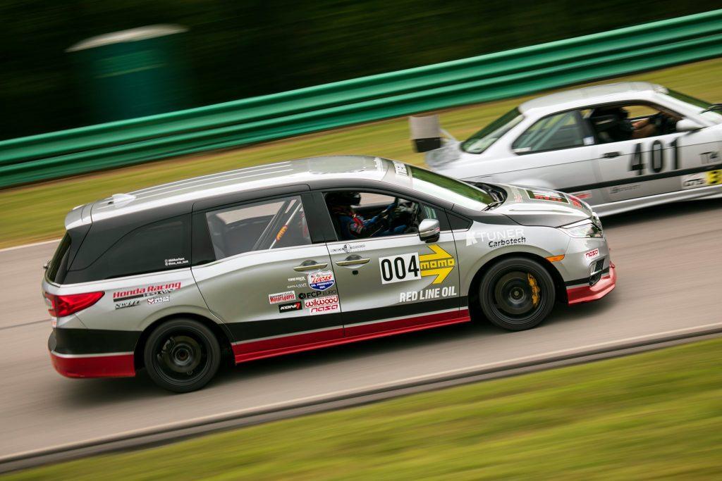 Honda Odyssey racecar