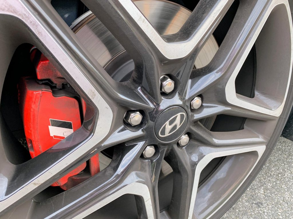 2019 Hyundai Veloster N wheel and brake