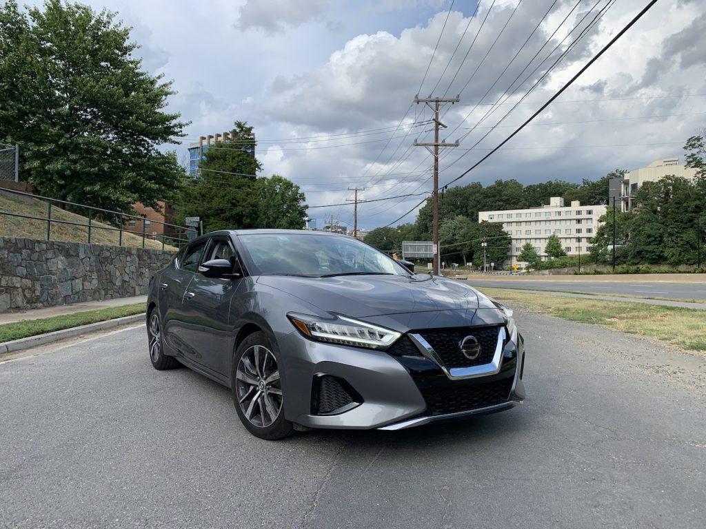 2019 Nissan Maxima SV front