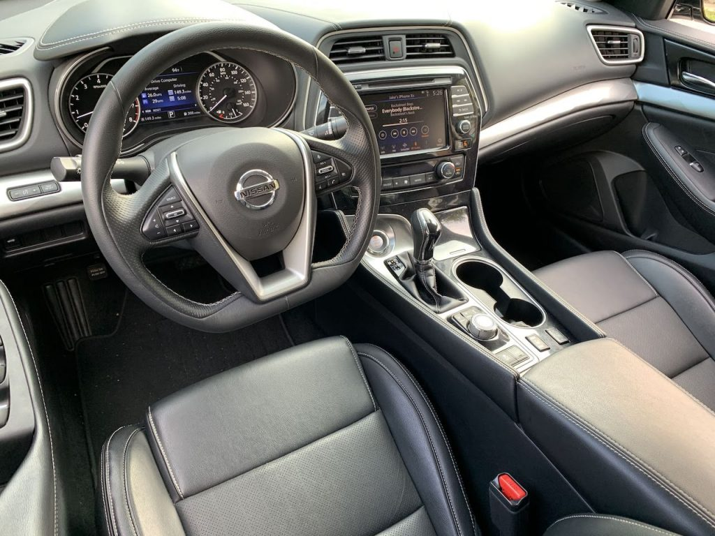 2019 Nissan Maxima SV interior