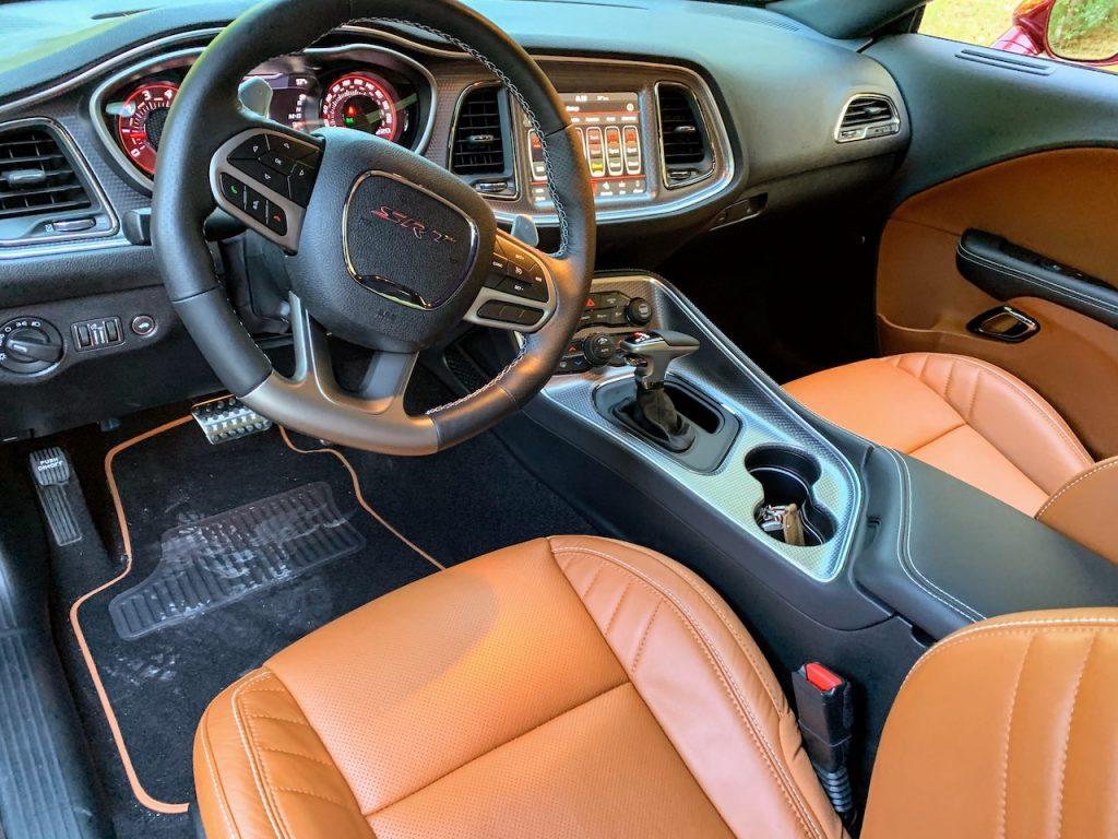 Dodge Challenger Hellcat Redeye Widebody interior