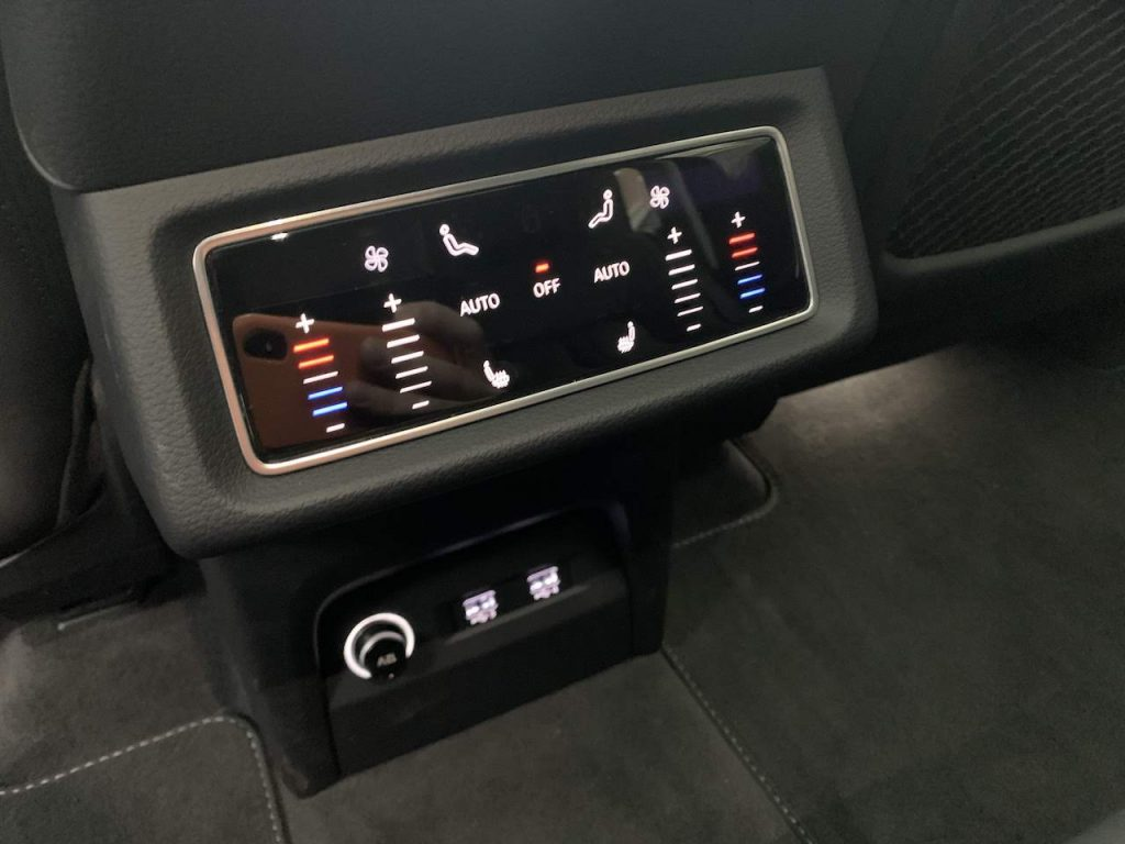 Audi E-Tron rear controls