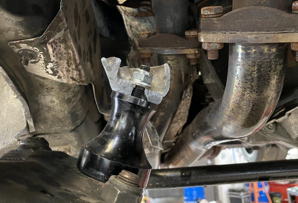 E36 engine mount broken