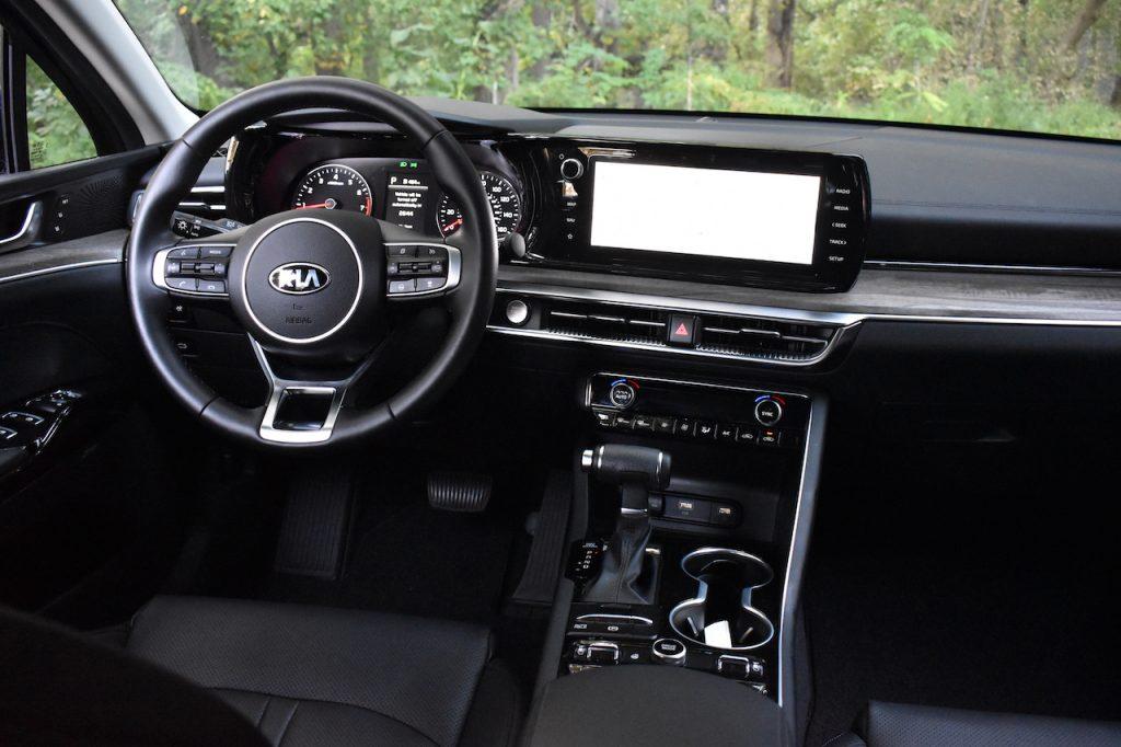 2021 Kia K5 EX interior