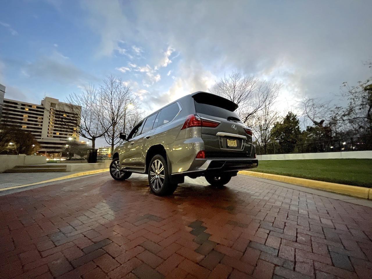 2020 Lexus LX 570 rear